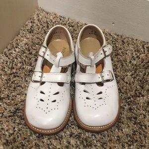 STRIDE RITE Mary Jane Double T Strap Shoe White 8